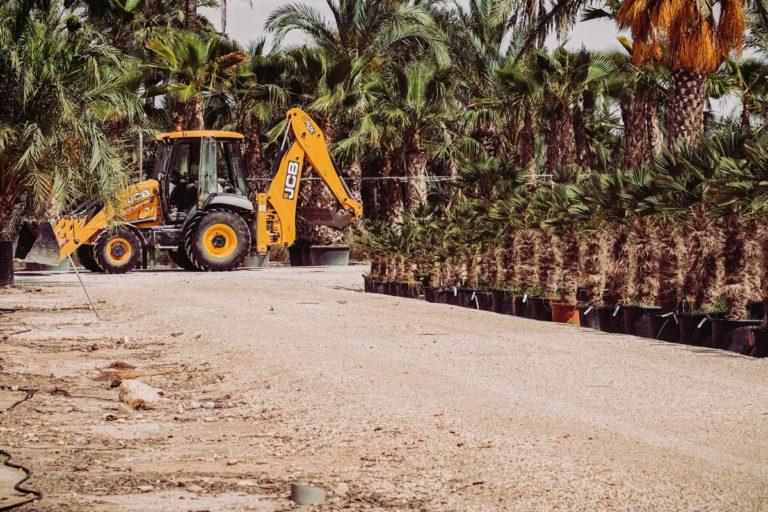 Serwis maszyn budowlanych na placu budowy