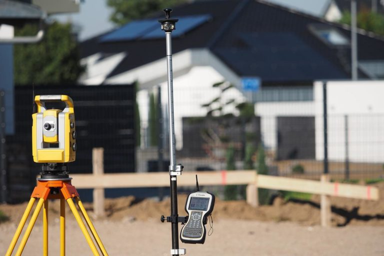 Obsługiwanie budowy przez geodetę