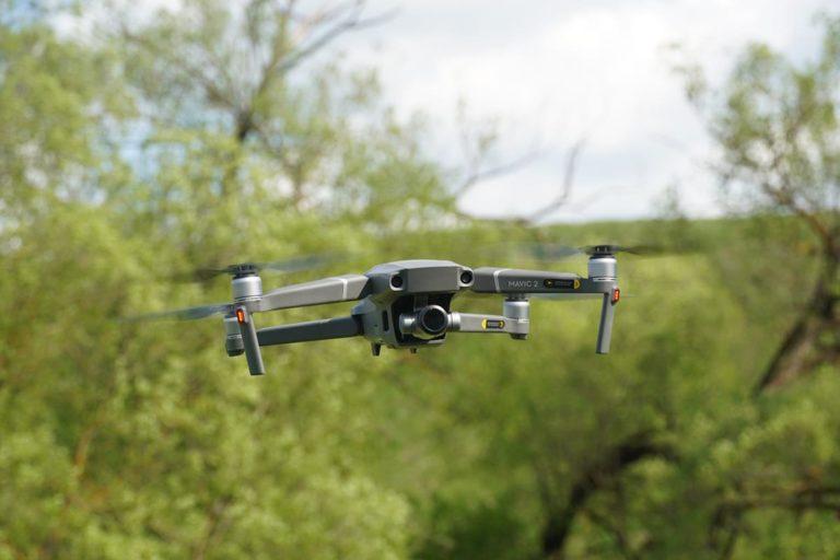W jaki sposób można pozyskać odpowiednie drony?