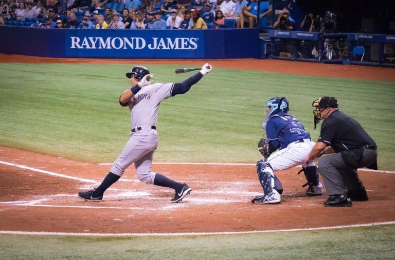 Baseball to coś, co lubi wiele osób, a Ty też możesz!