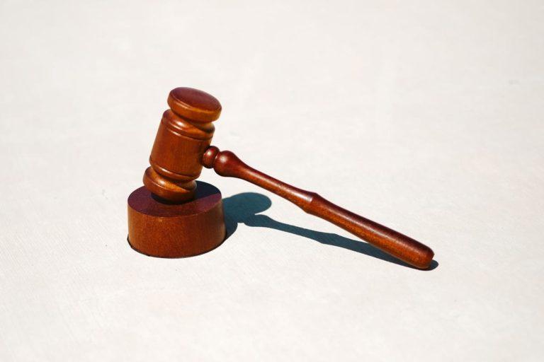 Do której kancelarii adwokackiej najlepiej się udać?